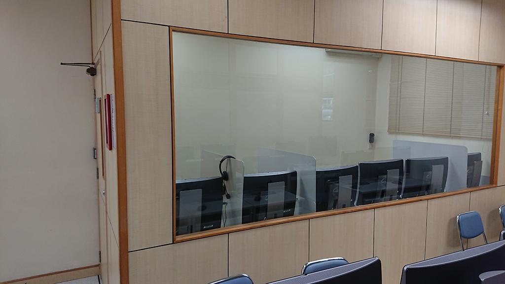 校本部_語言室